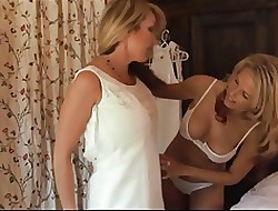 lesbian fucks my wife - sexy babe ass